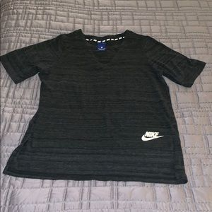 Nike short sleeve sweater shirt